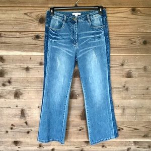 Chelsea & Violet Cropped Distressed Jeans 30